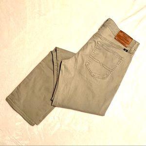 Lucky Brand | khaki chinos | 30/32 | 121 Slim